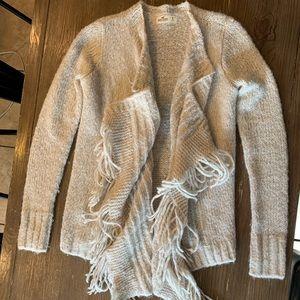 Hollister cream sweater size small